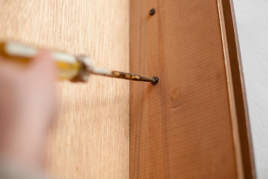 Surface Preparation Tutorial #DIY #furniturepainting #surfaceprep #tutorial #videotutorial - www.countrychicpaint.com/blog