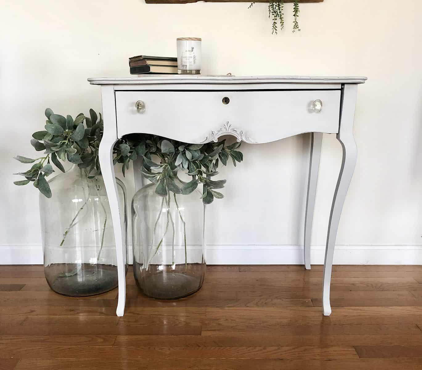 light grey painted curvey desk - painted with eco-friendly furniure paint