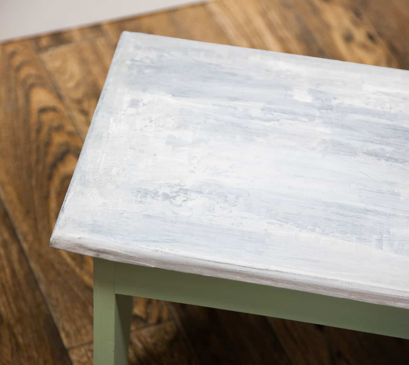 How To Create a Faux Concrete Finish on Furniture with Country Chic Paint #DIY #furniturepaint #paintedfurniture #homedecor #chalkpaint #fauxfinish #concrete #cement #texture #how to #technique #tutorial #video #countrychicpaint - www.countrychicpaint.com/tutorials
