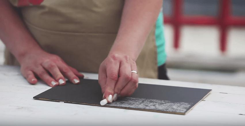 Chalk-Based Paint Tutorial #DIY #chalkbasedpaint #crafting #chalkboard #videotutorial #tutorial #howto - www.countrychicpaint.com/blog