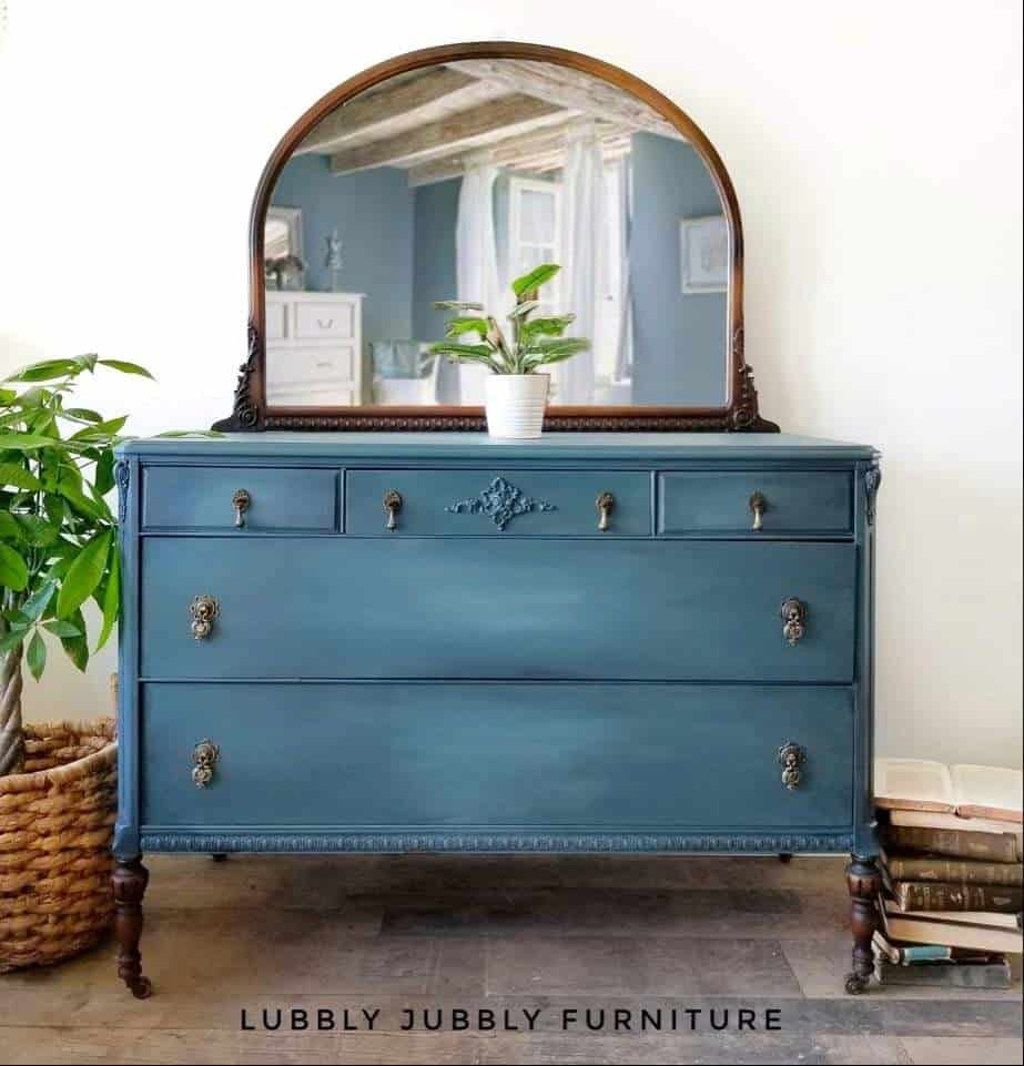 teal blue blended paint dresser - ombre effect - chalk style furniture paint
