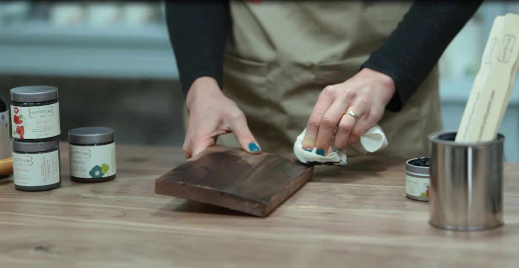 How To Create a DIY Dark Wood Stained Finish on Furniture #DIY #raw #wood #stain #glaze #furniturepaint #paintedfurniture #chalkpaint #wax #hempoil #drybrush #howto #video #tutorial #countrychicpaint - blog.countrychicpaint.com