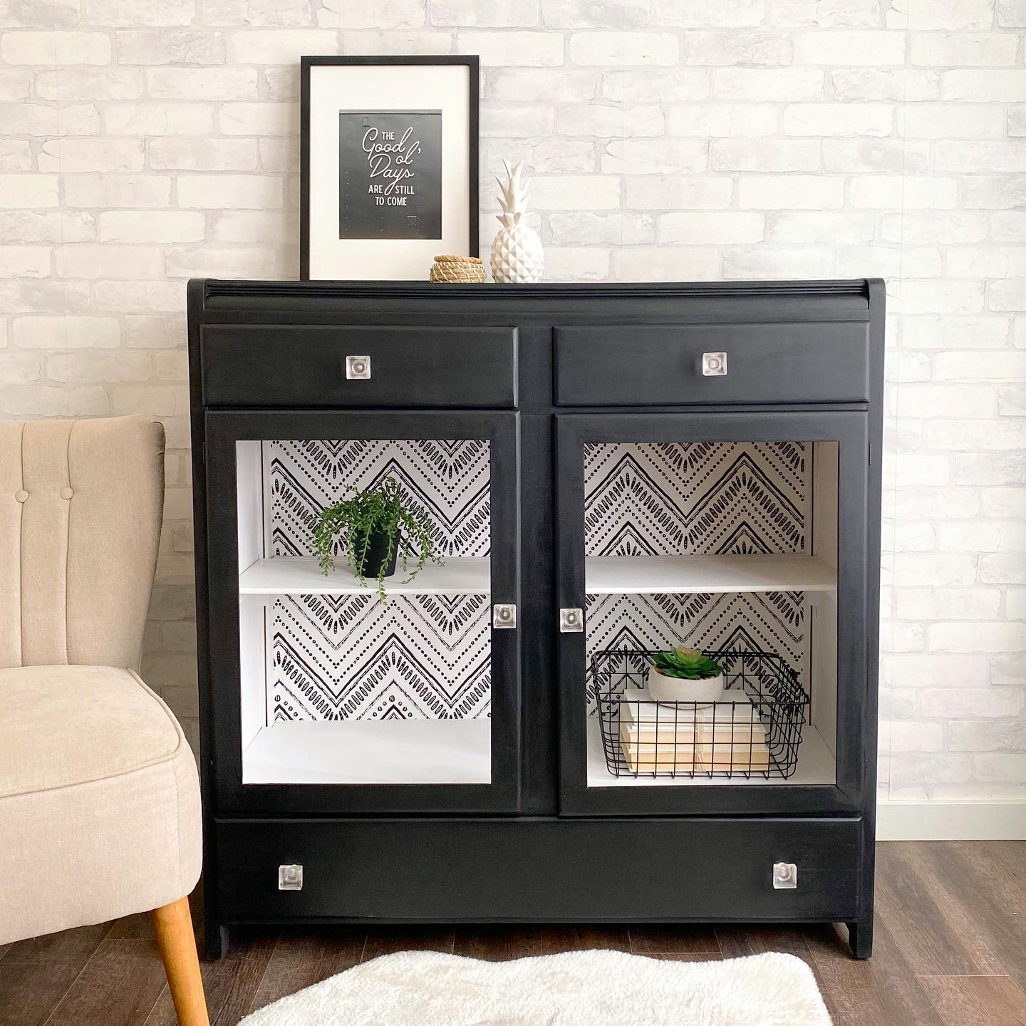 Storage Cabinet/Bookshelf with Drawers in Liquorice with Decorative Wallpaper