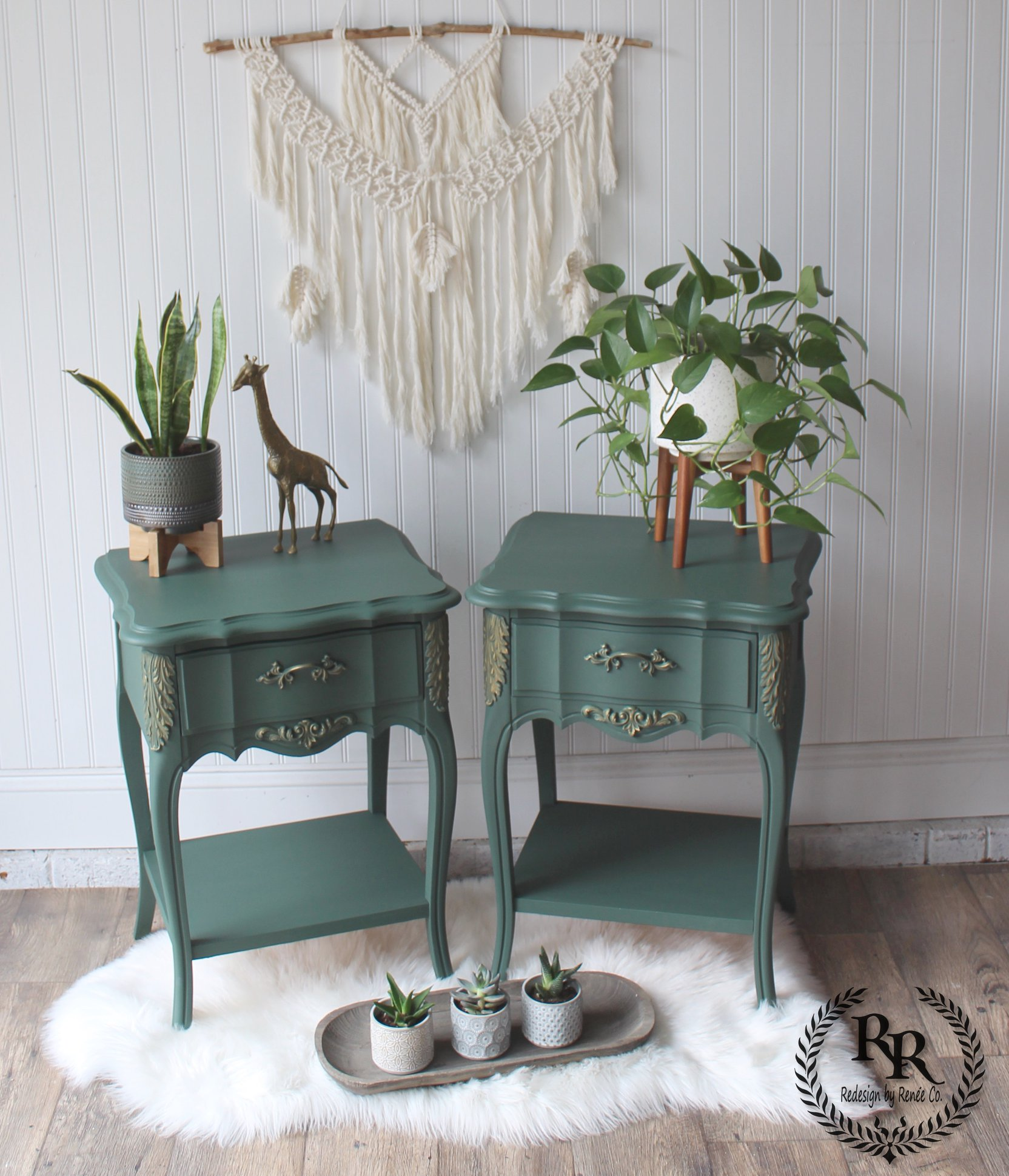 Decorative Tables in Hollow Hill with Gold Wax