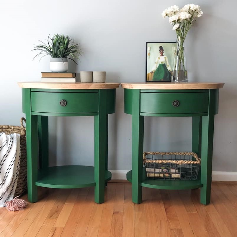 Round End Tables in Fireworks with natural wood top