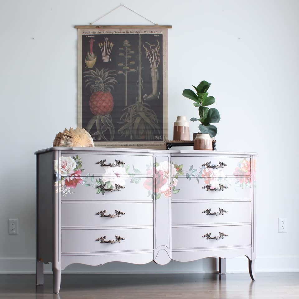 Curved Front Dresser in Lazy Linen