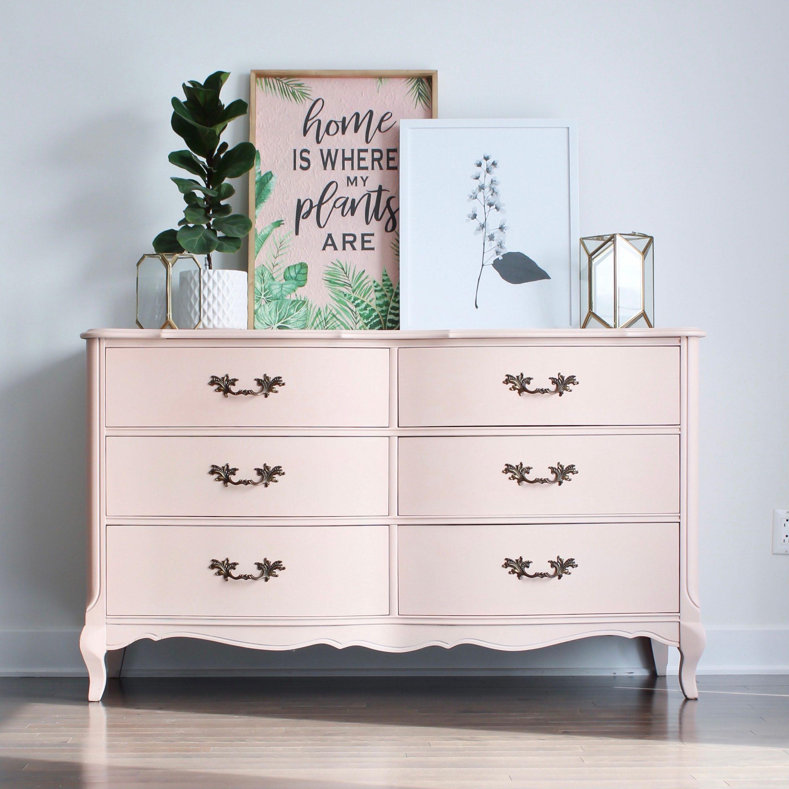 Curvy French Provincial Six Drawer Dresser in Ooh La La