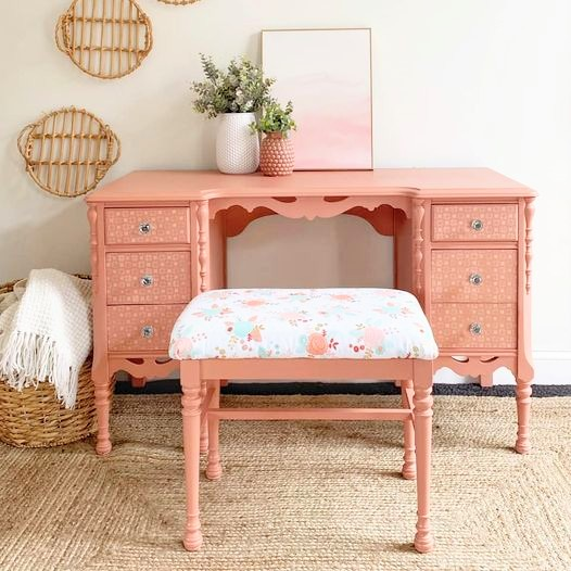 Desk/Vanity with Upholstered Stool in Peachy Keen