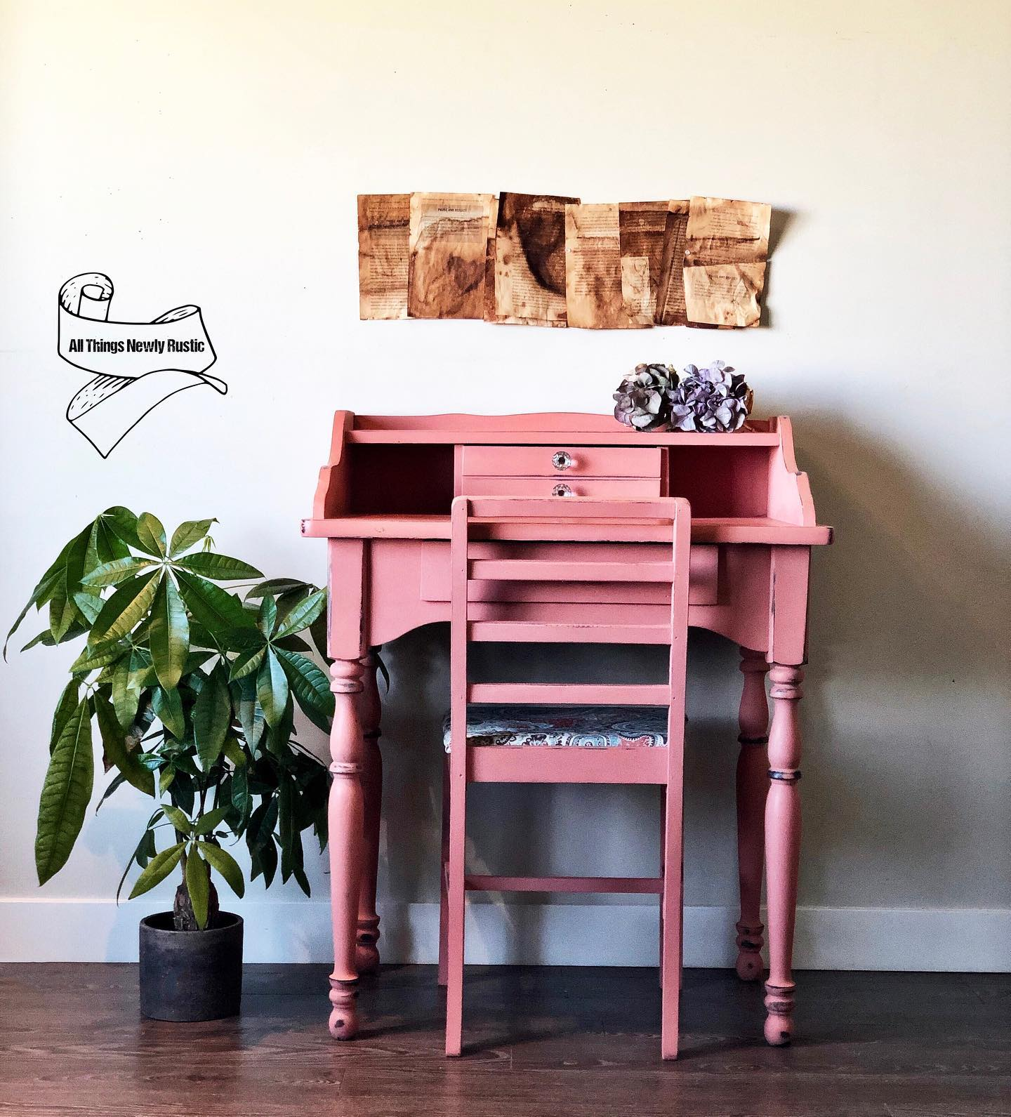 Childrens Desk and Chair in Peachy Keen