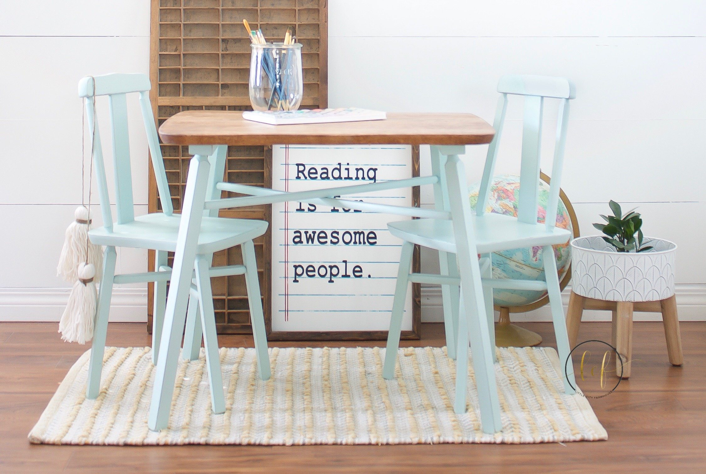 Chairs and a table painted and finished with Country Chic Paint products